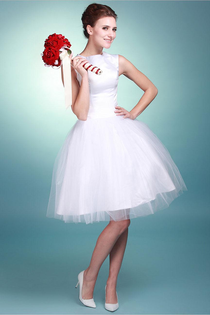 Короткое свадебное платье невест